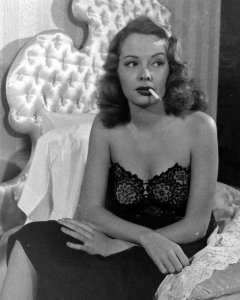 Jane Greer in Out of the Past 1947 (4)