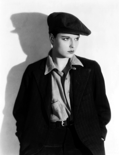 19 Jun 1928 --- Actress Louise Brooks plays Nancy in the 1928 film . --- Image by © John Springer Collection/CORBIS